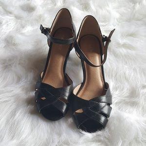 Nine West black Peep Toe Heels Size 7.5